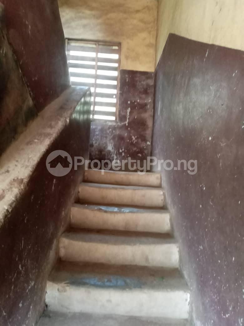Flat / Apartment for sale Jakande/ Abesan Housing Estate, Abesan Boys Town Ipaja Lagos - 3