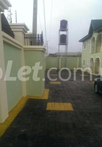 3 bedroom Flat / Apartment for rent Elebu, Akala Express Ibadan Oyo - 0