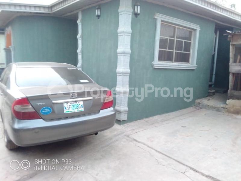 3 bedroom Detached Bungalow for sale Iyana Agbala New Ife Ibadan Expressway Iwo Rd Ibadan Oyo - 6