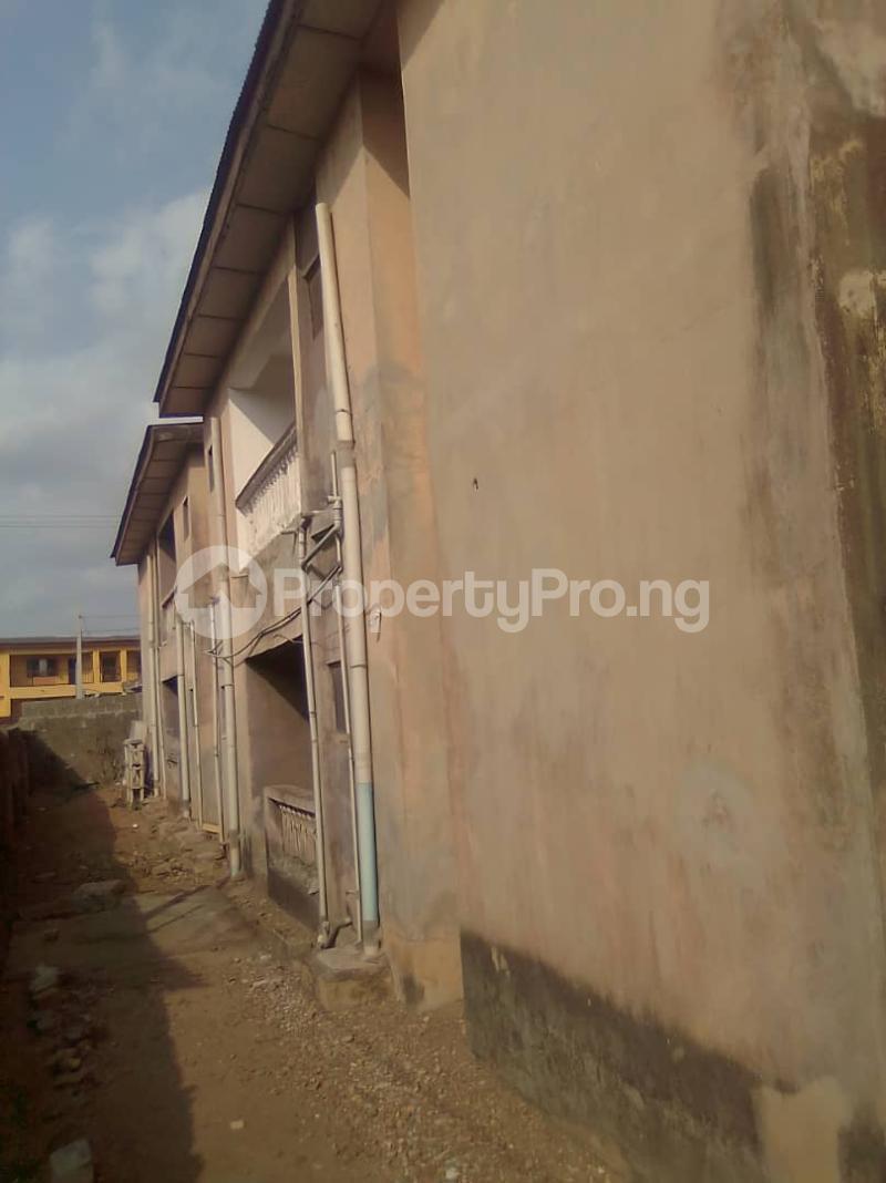 Flat / Apartment for sale Jakande/ Abesan Housing Estate, Abesan Boys Town Ipaja Lagos - 0