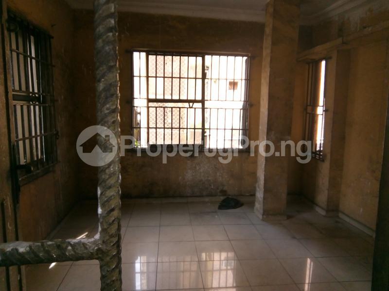 5 bedroom Office Space Commercial Property for rent 30, lkorodu road Jibowu Yaba Lagos - 3