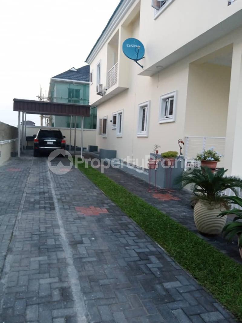 3 bedroom Flat / Apartment for sale Fountain springville Estate Sangotedo, next Door to shoprite Sangotedo Ajah Lagos - 2