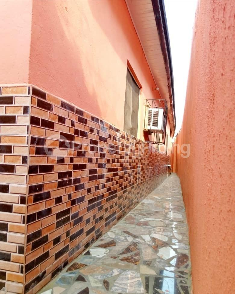 4 bedroom Detached Bungalow for sale World Bank Area L Owerri Imo - 3