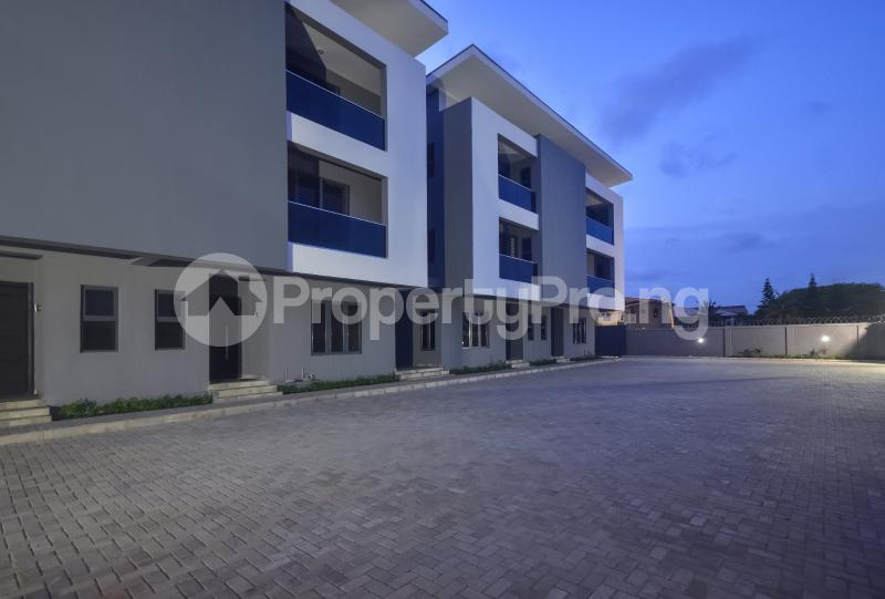 4 bedroom Terraced Duplex House for sale Atlantic view estate Igbo-efon Lekki Lagos - 0