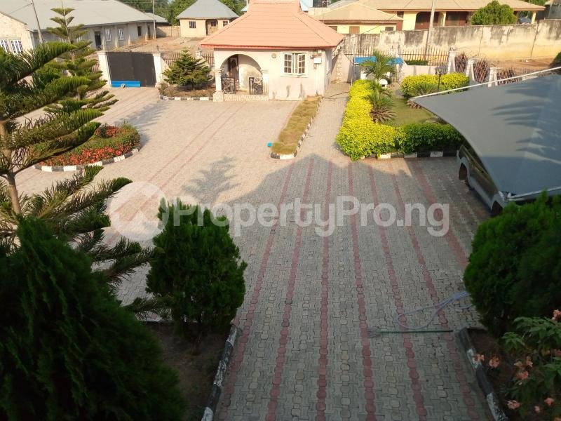 5 bedroom Detached Duplex for sale Located Along Ilobu Road, Okinni, Osun State Osogbo Osun - 3
