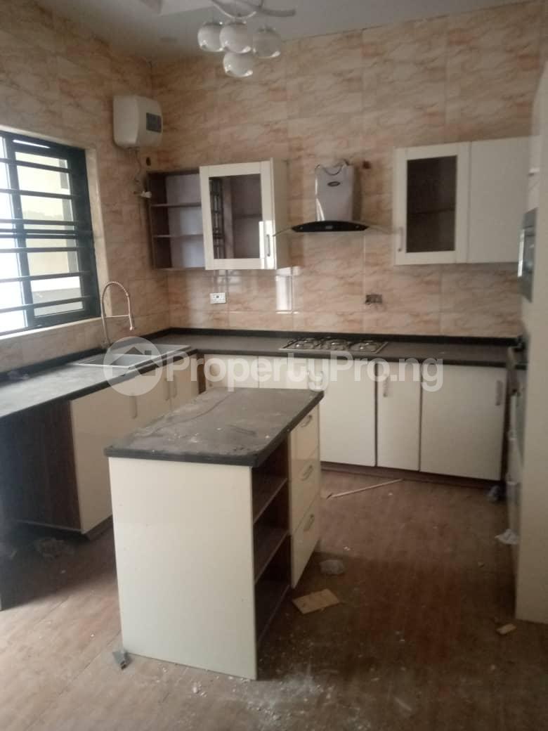 5 bedroom Detached Duplex House for sale VICTORY ESTATE THOMAS ESTATE Thomas estate Ajah Lagos - 9