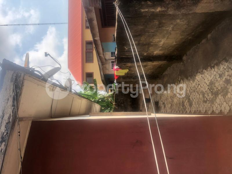 3 bedroom Boys Quarters Flat / Apartment for sale Oba eweka street off Benin auchi road  Ukpoba Edo - 4