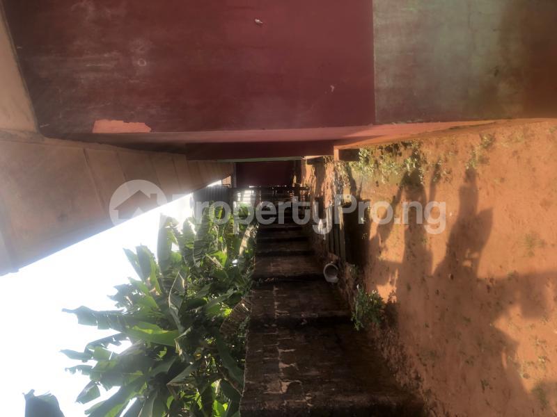 3 bedroom Boys Quarters Flat / Apartment for sale Oba eweka street off Benin auchi road  Ukpoba Edo - 2