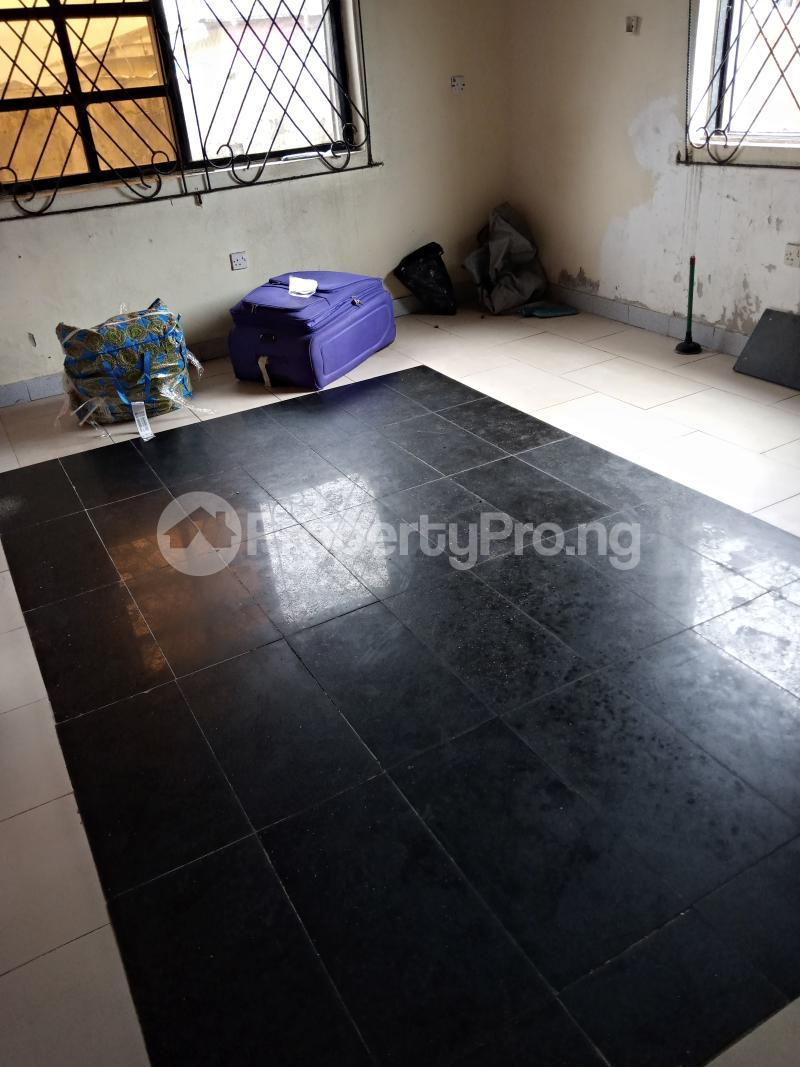 1 bedroom mini flat  Mini flat Flat / Apartment for rent Alpha beach road,shasanya street Igbo-efon Lekki Lagos - 6