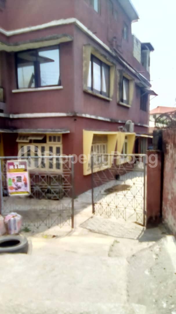 3 bedroom Blocks of Flats House for sale Adesalu street Apapa road Apapa Lagos - 2