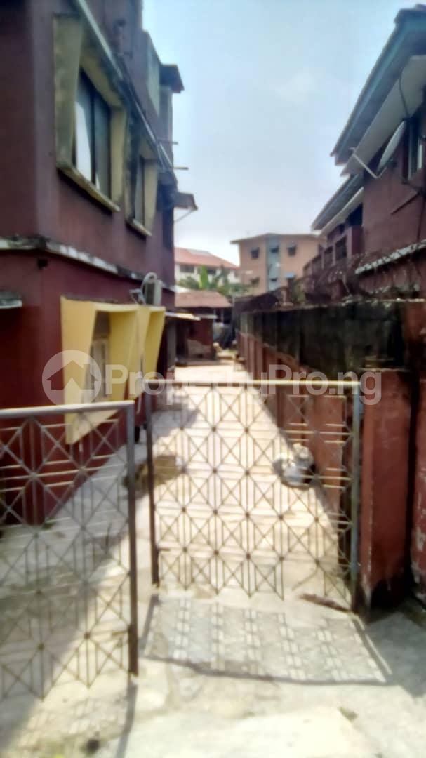 3 bedroom Blocks of Flats House for sale Adesalu street Apapa road Apapa Lagos - 4