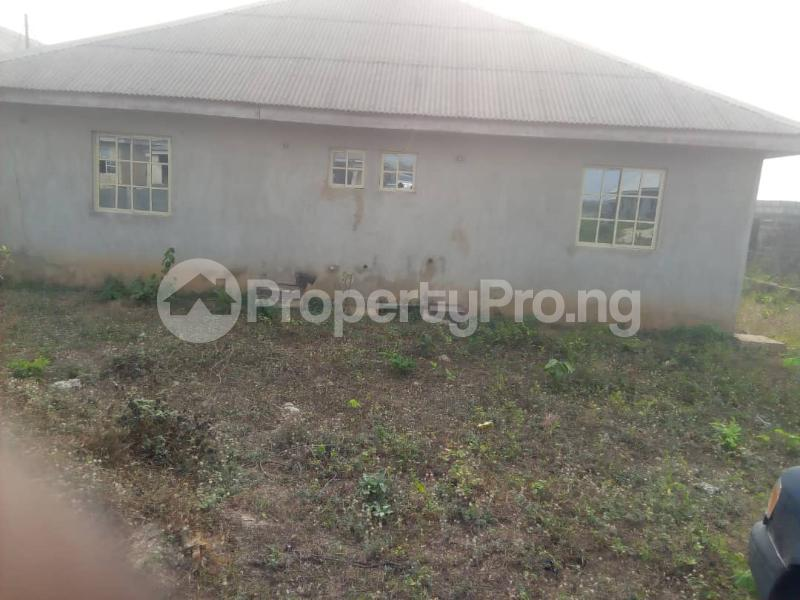 6 bedroom Detached Bungalow for sale Ikorodu Lagos - 2