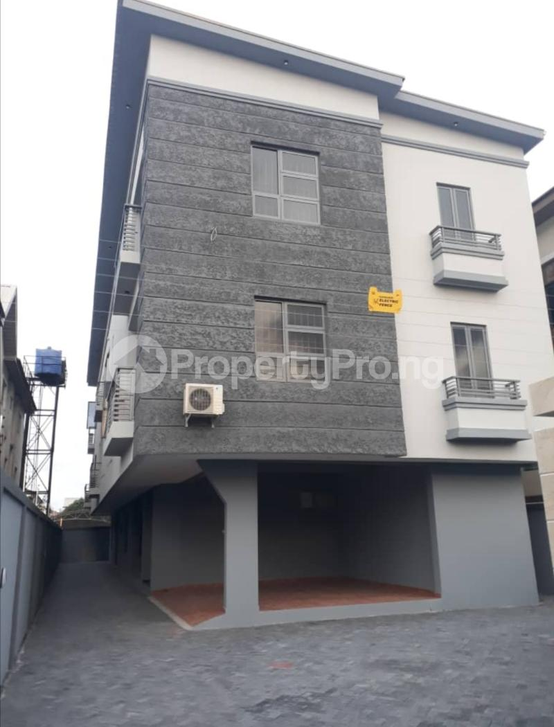 5 bedroom Terraced Duplex House for sale Lekki phase 1 Lekki Phase 1 Lekki Lagos - 1