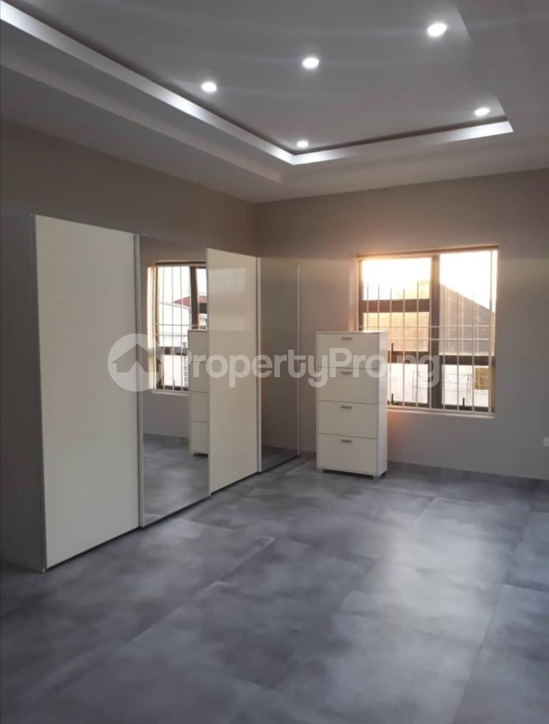 5 bedroom Terraced Duplex House for sale Lekki phase 1 Lekki Phase 1 Lekki Lagos - 11