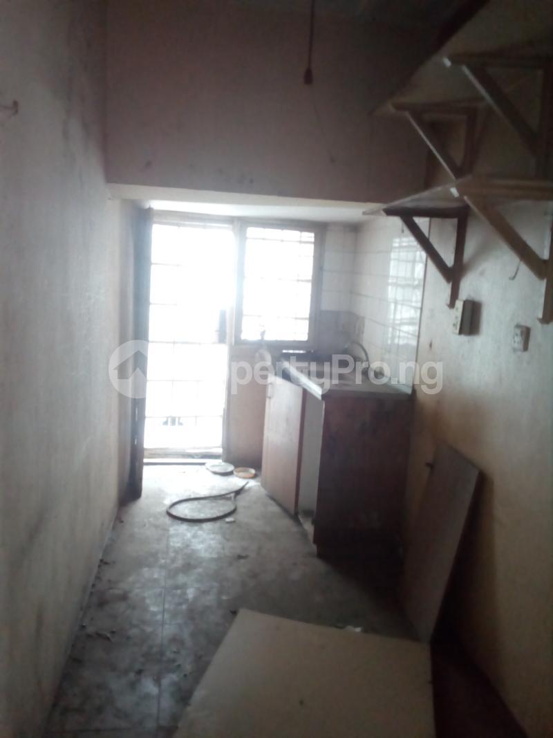 Blocks of Flats House for sale Off bode Thomas  Bode Thomas Surulere Lagos - 2