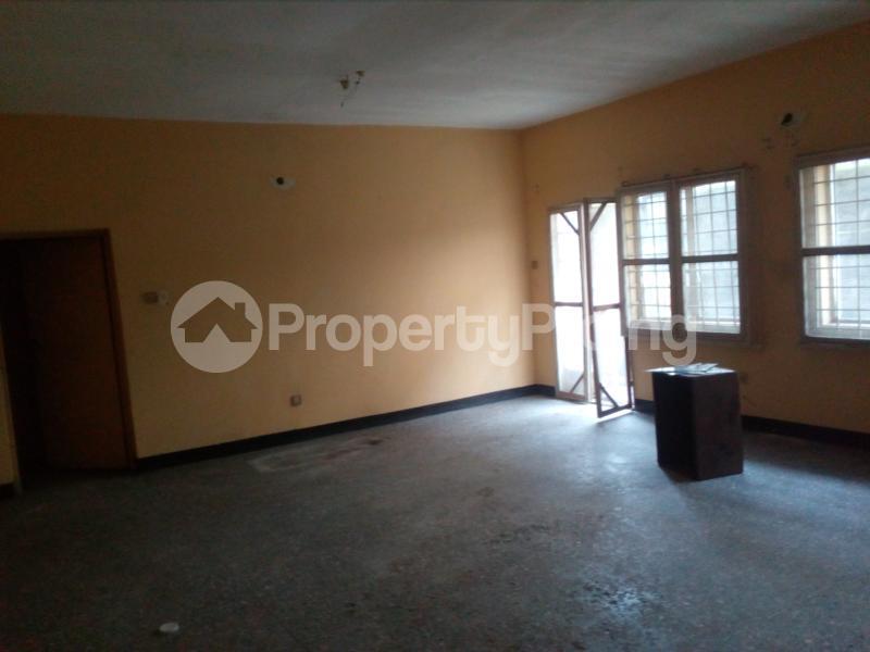 Blocks of Flats House for sale Off bode Thomas  Bode Thomas Surulere Lagos - 5