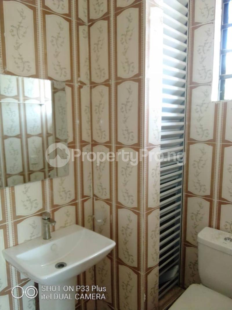 3 bedroom Flat / Apartment for rent Oyadiran Estate  Sabo Yaba Lagos - 2