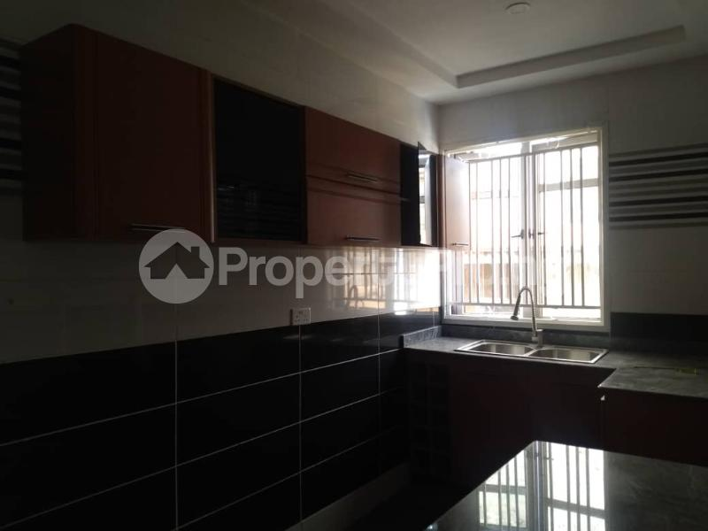 3 bedroom Blocks of Flats House for rent Atunrase Medina Gbagada Lagos - 5