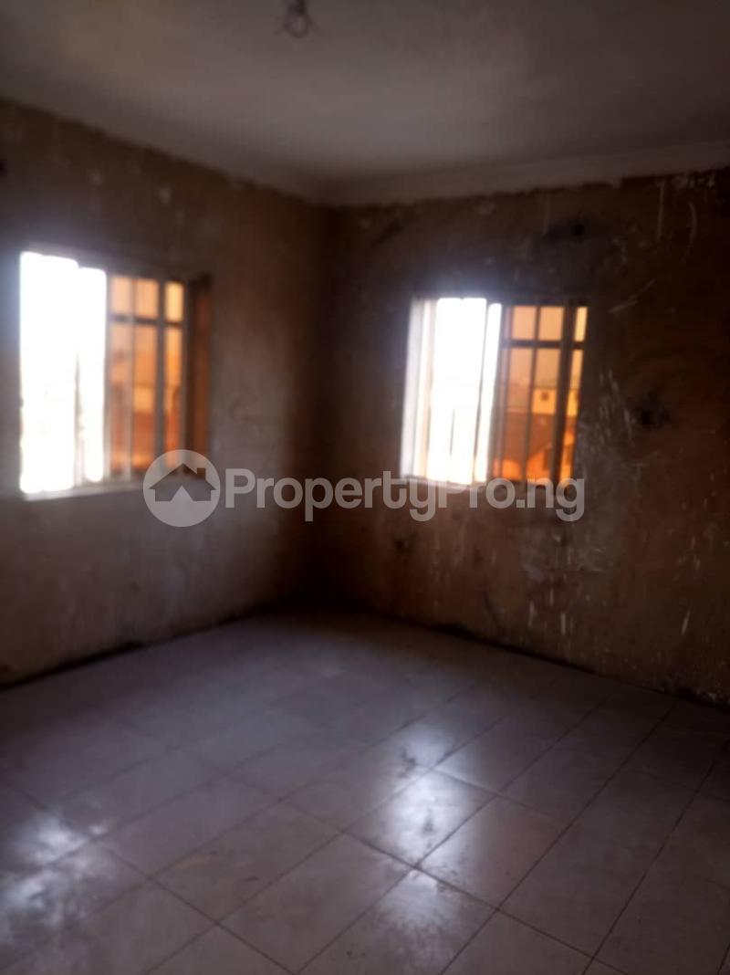 1 bedroom mini flat  Mini flat Flat / Apartment for rent Onipanu Shomolu Lagos - 4