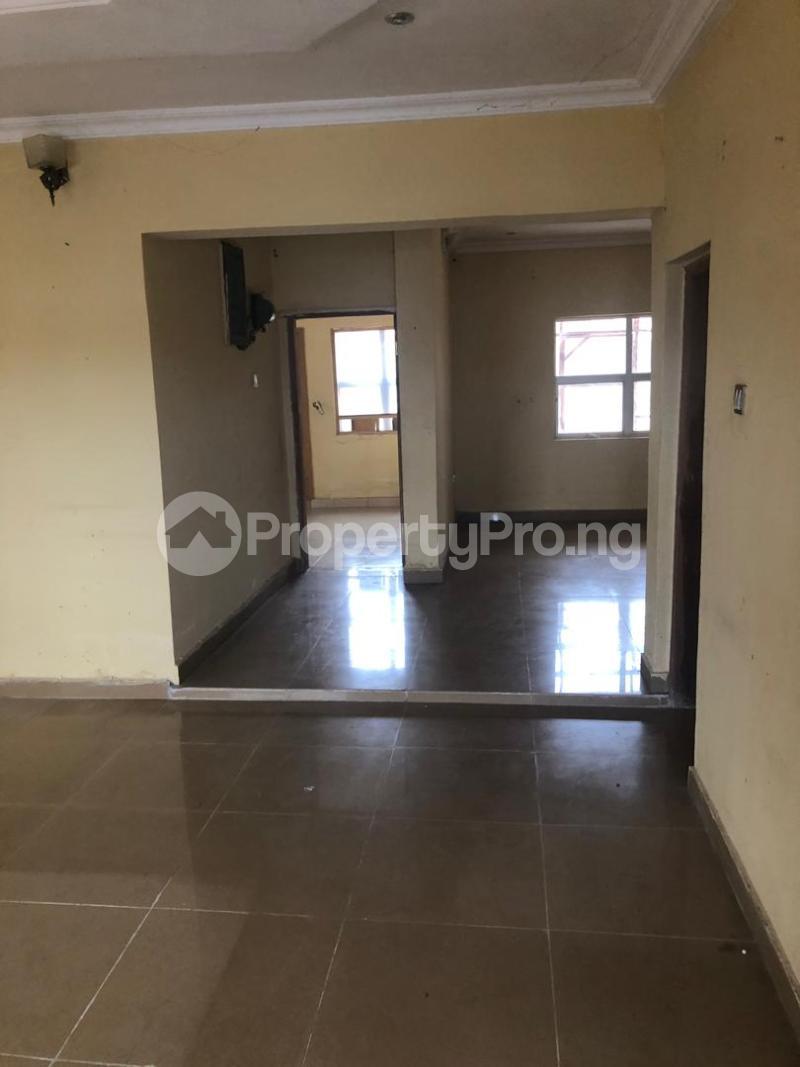 6 bedroom Massionette for sale Golf Estate Enugu Enugu - 1