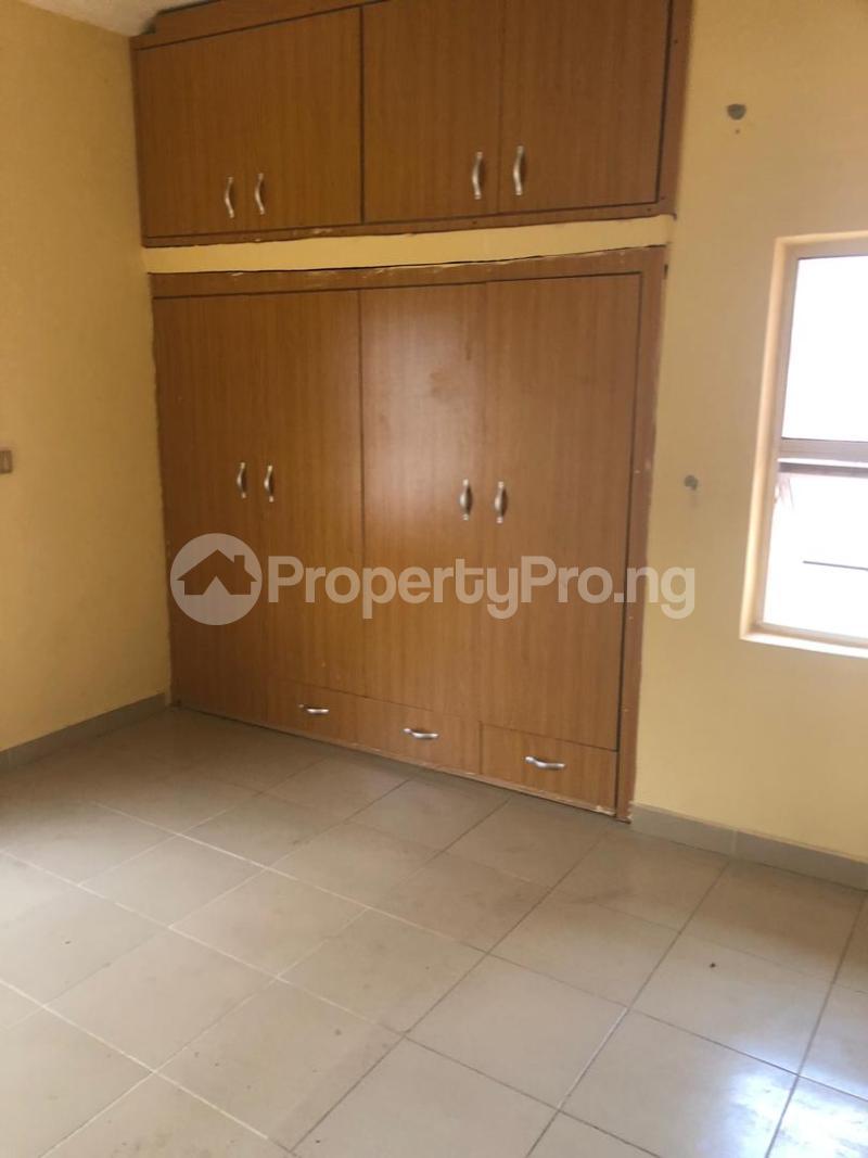6 bedroom Massionette for sale Golf Estate Enugu Enugu - 4