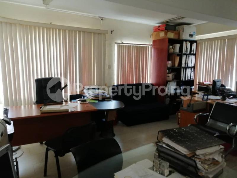 2 bedroom Flat / Apartment for rent Off King George, Onikan Lagos Island. Falomo Ikoyi Lagos - 3