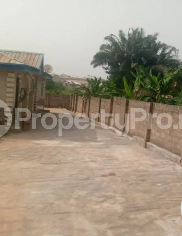 3 bedroom Flat / Apartment for rent Akingbade, Opposite Eleweran Eleweran Abeokuta Ogun - 1