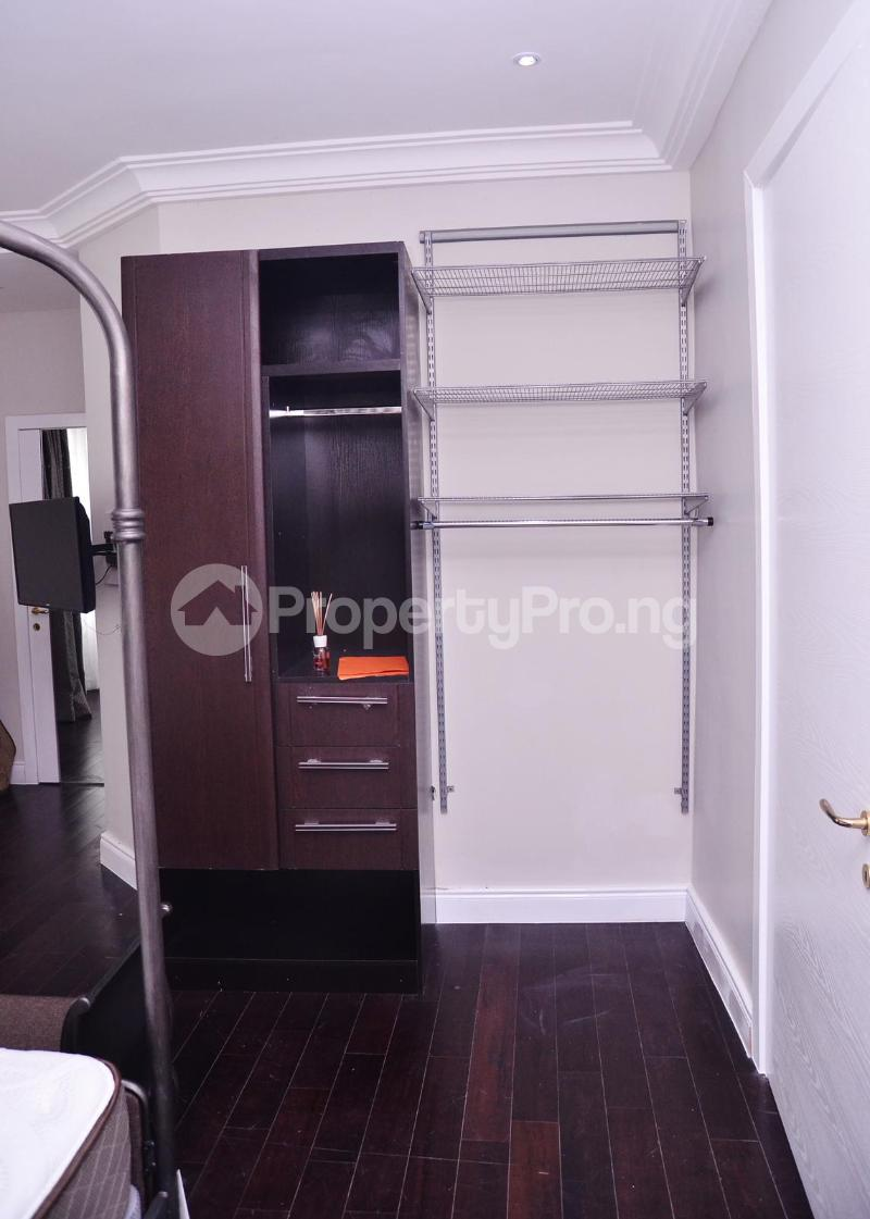 5 bedroom Massionette for sale Chevron Drive chevron Lekki Lagos - 13