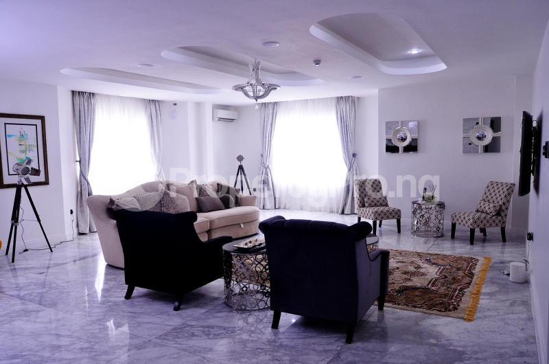 5 bedroom Massionette for sale Chevron Drive chevron Lekki Lagos - 3