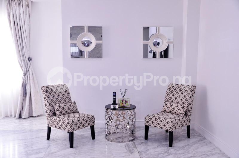 5 bedroom Massionette for sale Chevron Drive chevron Lekki Lagos - 16