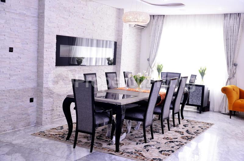 5 bedroom Massionette for sale Chevron Drive chevron Lekki Lagos - 2