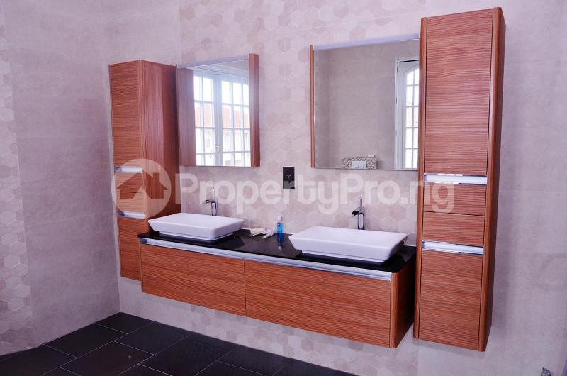 5 bedroom Massionette for sale Chevron Drive chevron Lekki Lagos - 7
