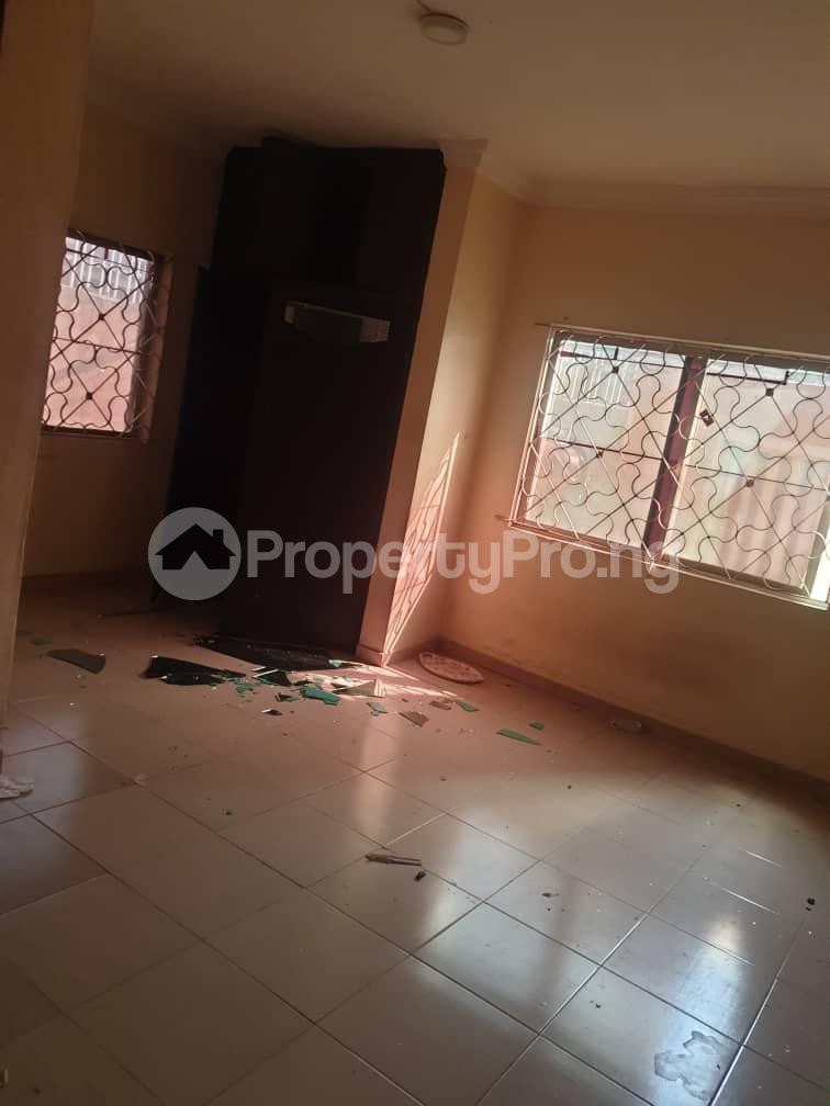 3 bedroom Self Contain for rent Aguda Surulere Lagos - 7