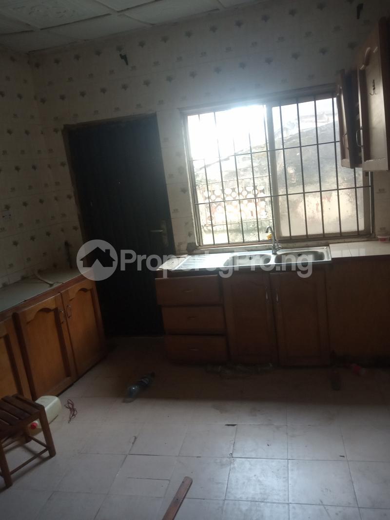 3 bedroom Flat / Apartment for rent Off Folagoro Morocco road Yaba Fola Agoro Yaba Lagos - 3