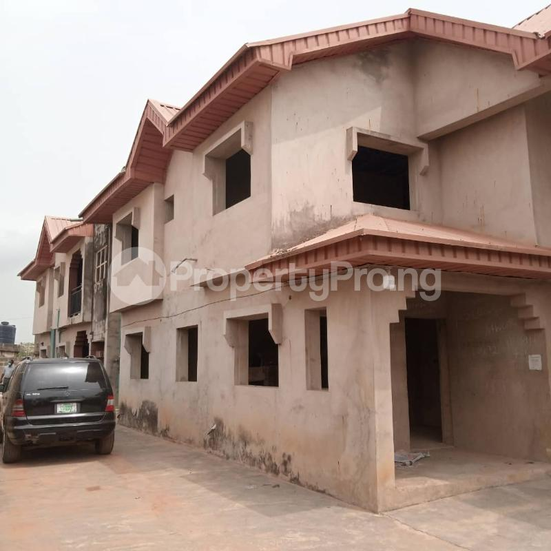 5 bedroom House for sale Afolabi Suberu Street, Off Odofin Street Igbogbo Ikorodu Lagos - 3