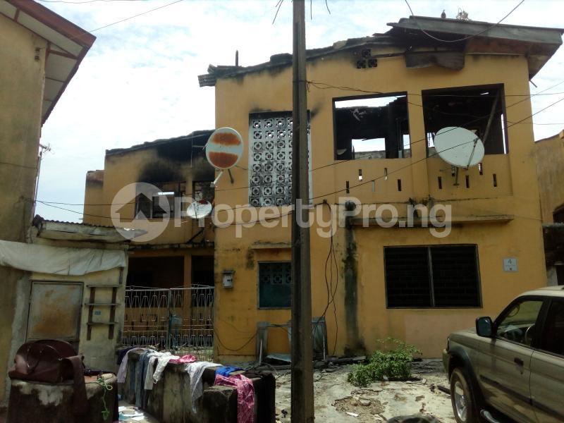 Blocks of Flats House for sale Off ogunlana drive  Ogunlana Surulere Lagos - 0