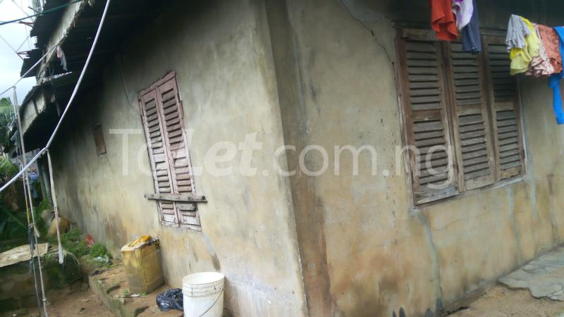 8 bedroom House for sale Ulasi Road Aba Abia - 3