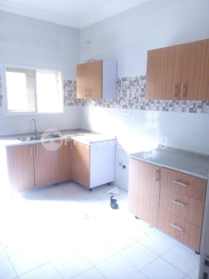 4 bedroom House for sale Grand Emirate Apartment, Guzape Guzape Abuja - 10