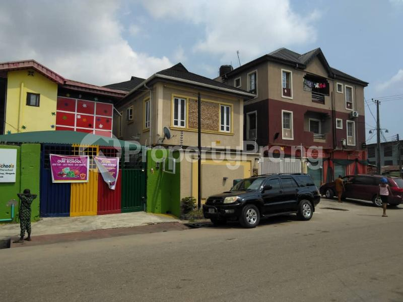 3 bedroom Detached Duplex for sale Phase 1 Gbagada Lagos - 8