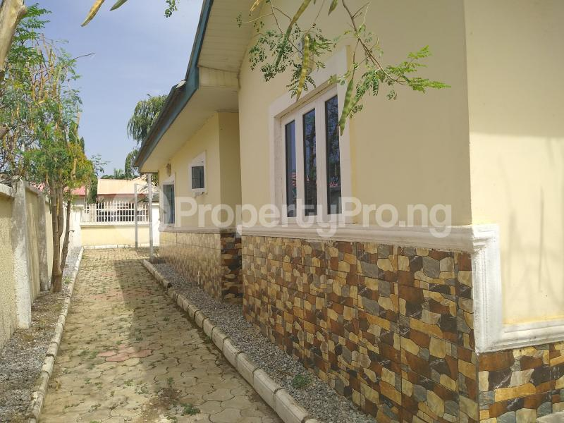 3 bedroom Detached Bungalow House for rent Volta's Street, Suncity Estate Galadinmawa Abuja - 12