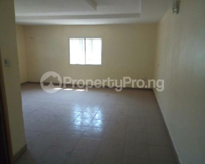 3 bedroom Detached Bungalow House for rent Volta's Street, Suncity Estate Galadinmawa Abuja - 4