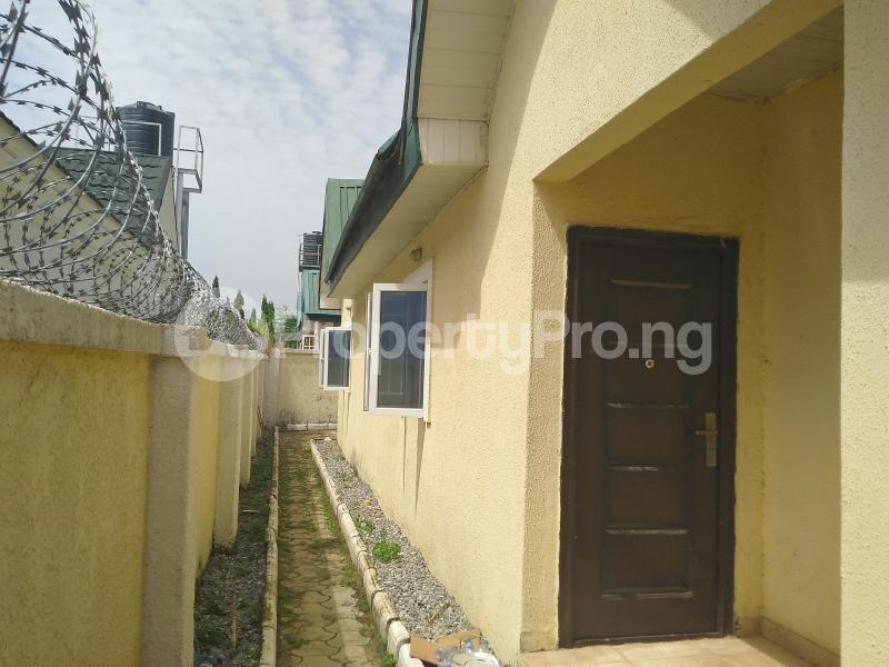 3 bedroom Detached Bungalow House for rent Volta's Street, Suncity Estate Galadinmawa Abuja - 8