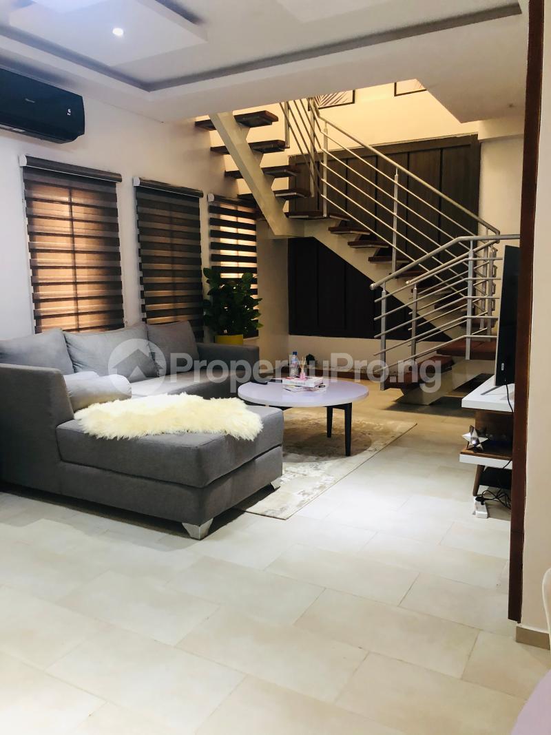 3 bedroom Penthouse for shortlet No 5 Akinso Street Oluyole Estate Ibadan Oyo - 2