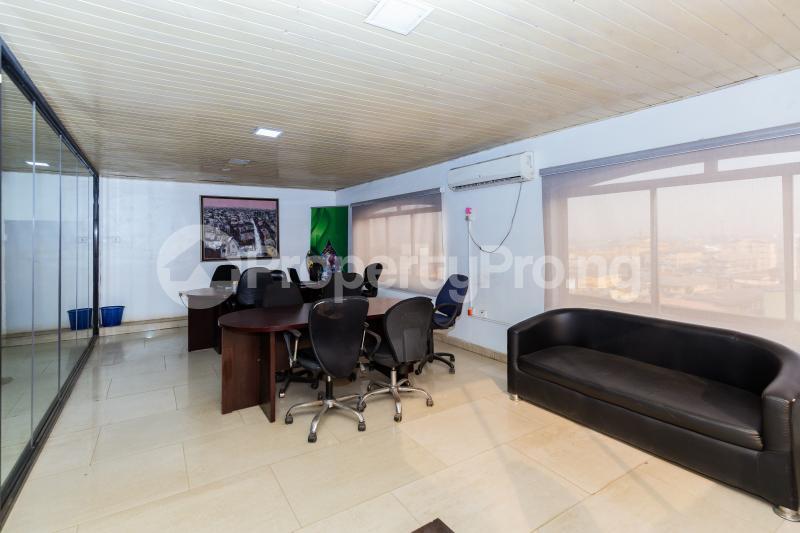 Private Office for shortlet Olukoleosho Street. Obafemi Awolowo Way Ikeja Lagos - 4