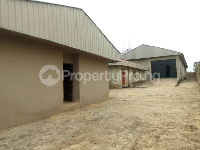 Warehouse for sale Ondo Road, Custom Junction Axis Akure Ondo - 1