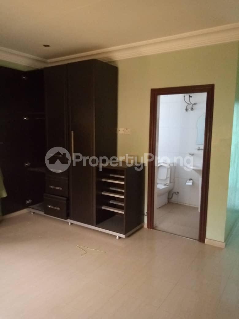 Warehouse for sale Ondo Road, Custom Junction Axis Akure Ondo - 0