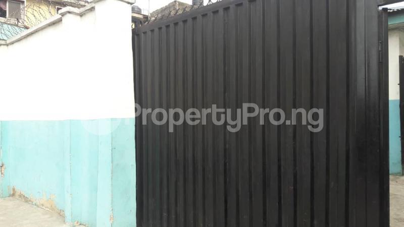 Factory Commercial Property for rent 85 Ojora street Ajeromi ifelodun Ajegunle Apapa Lagos - 5