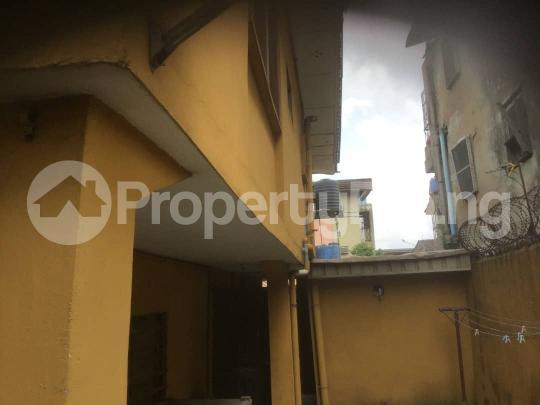 10 bedroom Commercial Property for sale mushin Mushin Mushin Lagos - 3
