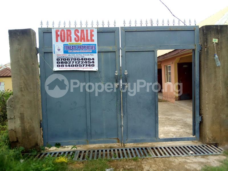 Flat / Apartment for sale New-Karu, Abuja-Keffi expressway. Karu Nassarawa - 2