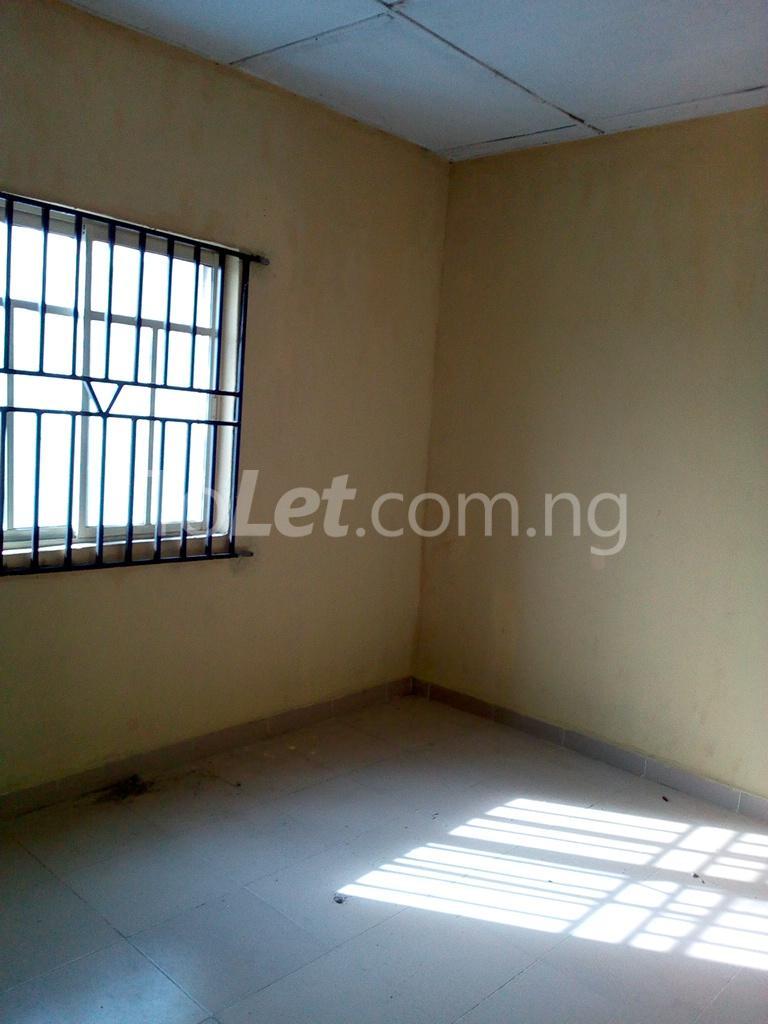 2 bedroom Shared Apartment Flat / Apartment for rent Alahusa  area white sand Ijegun Ikotun/Igando Lagos - 0